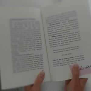 Rezension: Die Swinger Bibel von Lotta Frei
