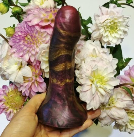 Farbenfroher Silikondildo von ivy.toys
