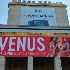 Venus 2018 – Zwischen Pornstars, Fetisch-Shows und sabbernden Gaffern