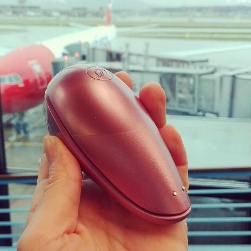 Der Reise-Womanizer im Handgepäck