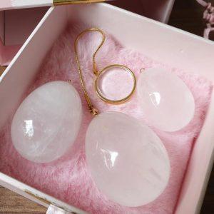 Beckenbodentraining in der Luxus-Variante – Das Kristall-Yoni-Ei von liebelei