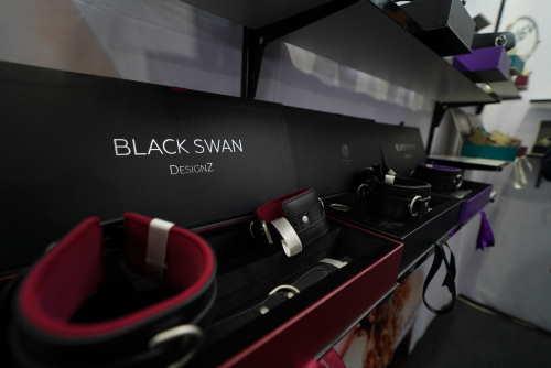 Black Swan DesignZ auf der eroFame 2019