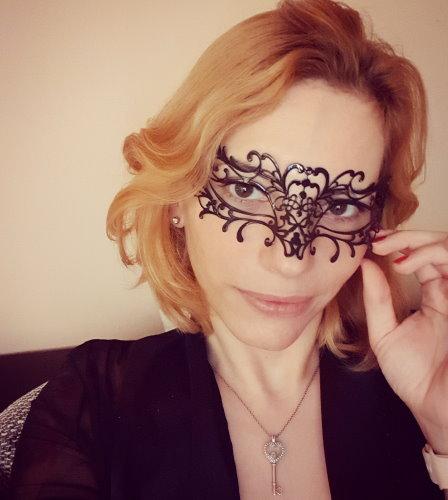 Swingerclub Vorbereitung - Mit Maske oder ohne?