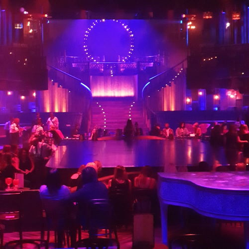 Intime Stimmung im Club Theater Berlin