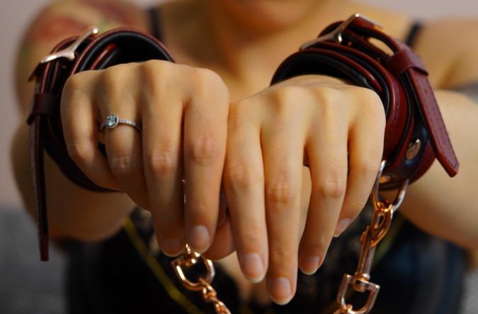 Handfesseln von Liebe Seele